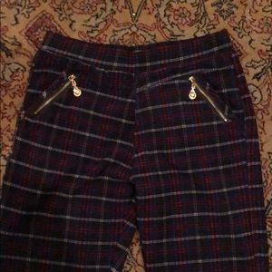 Pants - Women's plaid holiday jegging